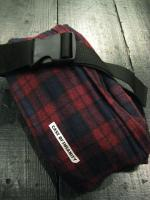 CASE OF INSANITY WAIST BAG WOOL RED