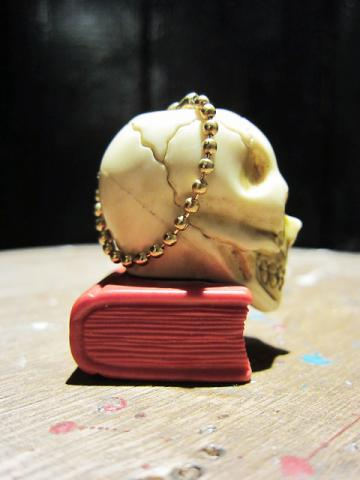 BOOK ON SKULL(COLLECTIBLES!!!)サブ画像